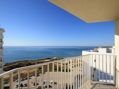 Photo for Boa Baia - apartment with pool access and 1 minutes from beach