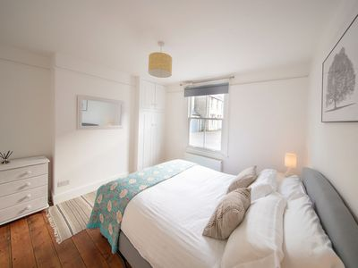 Photo for Boutique apartment near Jesus Green w off-street parking