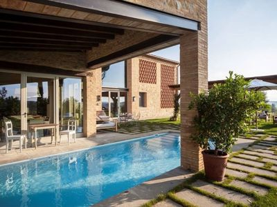 Photo for familie villa with private pool, classic Tuscan