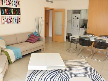 Apartment In Barcelona With Swimming Pool And Parking Near The Beach