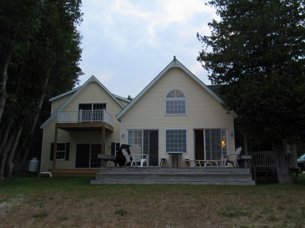 Sunset Lodge Lake Michigan Cottage Saint Ignace Upper