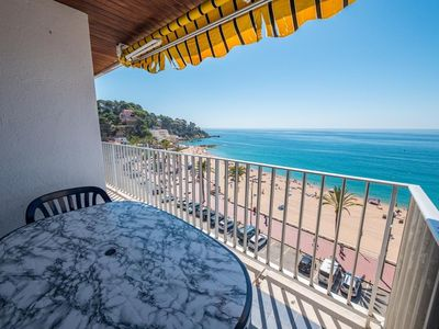 Photo for Large family apartment with sea views and close to the beach.