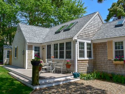 Photo for 14 Beach Hills- Updated cottage with 2 baths, less than 500 ft to sandy beach