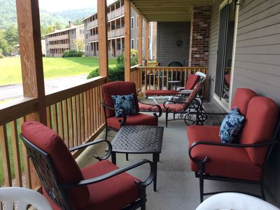 Photo for 2BR Condo 1 Minute to North Conway Village! Views to Cranmore, Pool & WiFi!