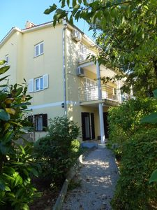 Photo for 1BR Apartment Vacation Rental in Njivice, Kvarner Bucht