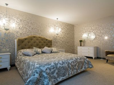 Photo for Luxury Romantic Apartment with a Bath, Next to the Freedom Monument
