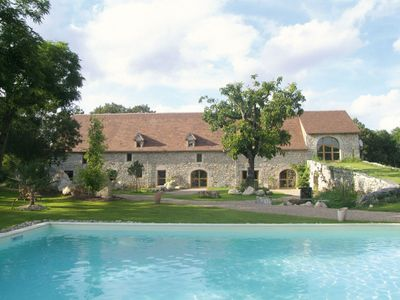 Photo for Chambres & Jardin de Pierres is a charming guest house in Quercy