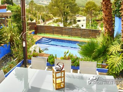 Photo for Villa Charma heated pool, A/C pizza oven, BBQ and cool bar area