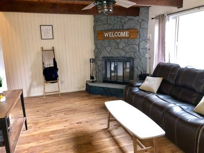 Photo for This house is a 2 bedroom(s), 1 bathrooms, located in Big Bear Lake, CA.