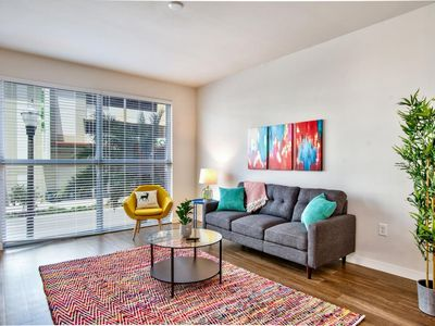 Photo for Colorful 1br Near Tropicana Field w/ Parking + Gym