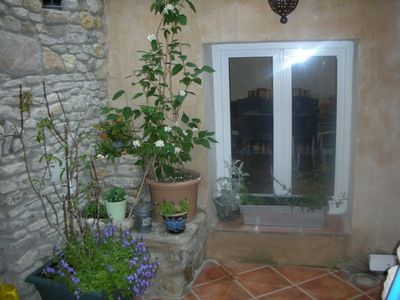 Photo for Charming and nice house in the heart of Isle sur Sorgue