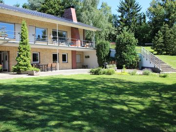 Villa Schönau Apartment 1 with a beautiful view, garden and terrace