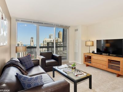 Photo for 50th Floor MagMile  - VIEWS,, Balcony, Pool, WiFi, Fitness Center