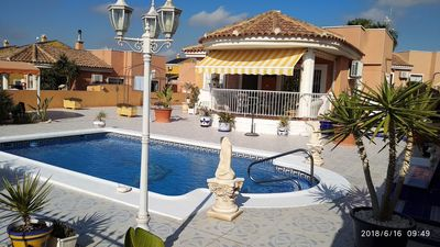 Photo for Villa 4 fronts, 3 bedrooms two bathrooms, private pool
