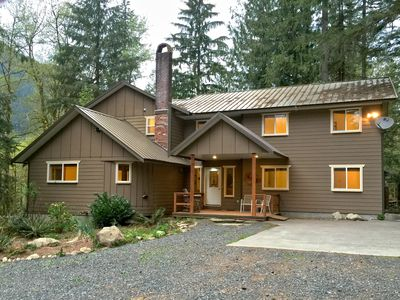 Photo for Mt Baker Lodging Cabin #3 - Very large cabin on acreage!