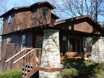 Photo for Beautiful two bedroom cabin with a five minute walk to Eureka Springs Main St
