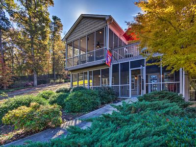 Photo for Seneca Townhome on Lake Hartwell-5 Min to Clemson!