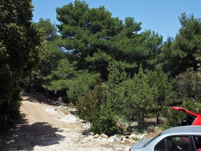 Photo for Two bedroom apartment with terrace Cove Blaca, Mljet (A-4899-a)