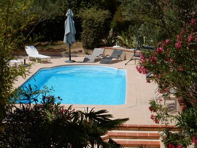 Photo for Family friendly villa with heated pool in quiet hillside area between sea/ Verdon