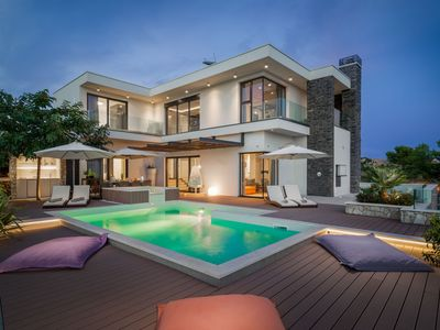 Photo for Luxury Villa Golden Eye with Swimming Pool