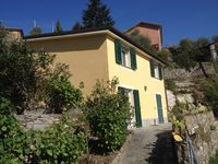 Beautiful views and quiet location ideally placed to explore the Italian Riviera.