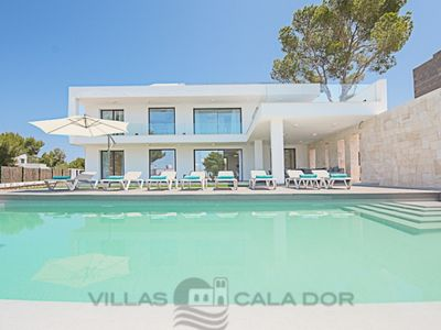 Photo for 4 bedroom Villa, sleeps 8 in Cala Egos with Pool, Air Con and WiFi