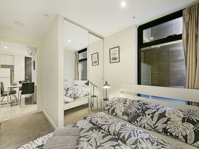 Photo for A Central 2BR Apt Near Bourke St Mall & Chinatown