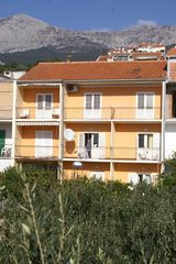 Studio Appartment im Ort Podgora