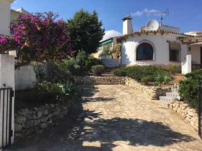 Photo for Beautiful Spacious Villa in Peaceful Location near to Beaches