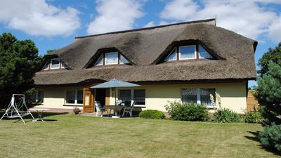 Photo for Detached thatched roof house only for you