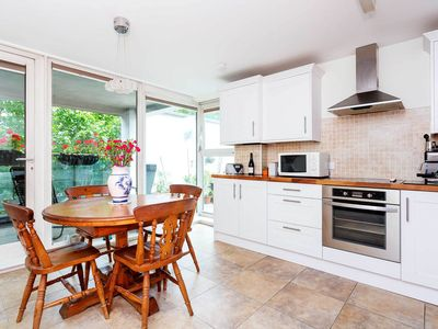 Photo for Spacious and bright 2Br with private terrace in Kensington, by Veeve