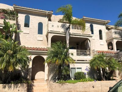 Photo for Beautifully Appointed and Professionally Designed North Pacific Beach Townhouse