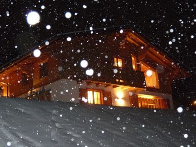 Photo for Holiday chalets for 8 persons, 3 bathrooms, 4 bedrooms Nendaz