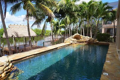 Heated pool and hot tub facing dock and waterfront. Hot tub heats to 100+ in 1hr