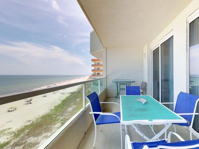 Photo for Top-floor dog-friendly condo w/shared pool & fantastic views-right on the beach
