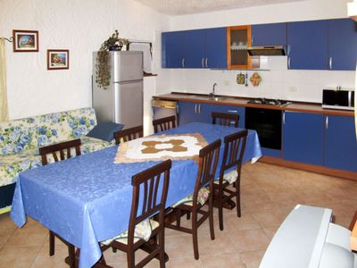 Photo for Lovely apartment for 10 people with internet, A/C, TV, balcony and pets allowed