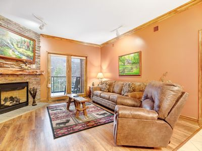 Photo for Elegant condo w/ jetted tub & shared pool/hot tub - steps to downtown!