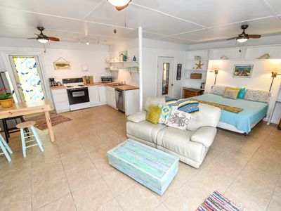 "Photo for Beautiful! steps from  beach ""POMPANO"" Beach studio. Perfect Couple's Getaway."