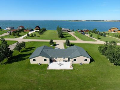 North-Waubay Lake Hunting & Fishing Cabin w/ wifi and man cave!