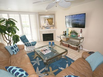 Photo for Remodeled 1 bdrm quick beach access, A209 - Sandy Paradise.