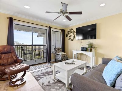 Photo for Beach & Tennis Admirals Row 412, 2 Bedroom, Sleeps 6, Free Tennis, Ocean View