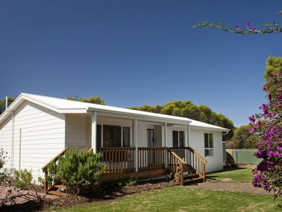 Photo for Vivonne Bay Holiday House