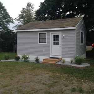 Newly Renovated Cottage On Main Street