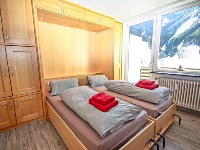 Photo for Apartment Holiday in Zell am See - 3 persons, 1 bedrooms