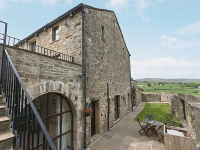 Photo for 2 bedroom property in Malham. Pet friendly.