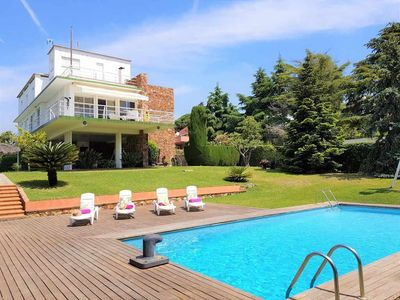 Photo for Villa with private pool, sea views, 5 rooms, wifi throughout the house