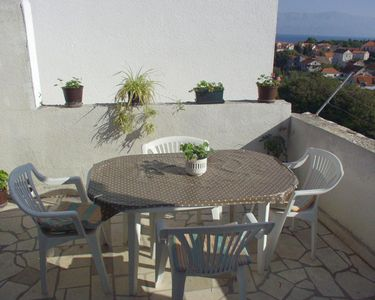 Photo for Three bedroom apartment with terrace and sea view Sutivan (Brač)