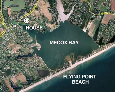 5 min drive, 10 min bike to Flying Point Beach.  Mecox Bay is across the street.