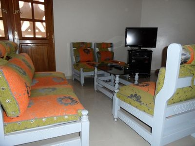 Photo for F3 air-conditioned, 1st floor, 10 minutes from Yoff beach, transport, Nord Foire, Dakar