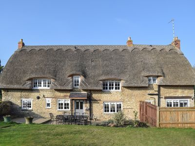 Photo for 4BR House Vacation Rental in Cottesmore, near Oakham